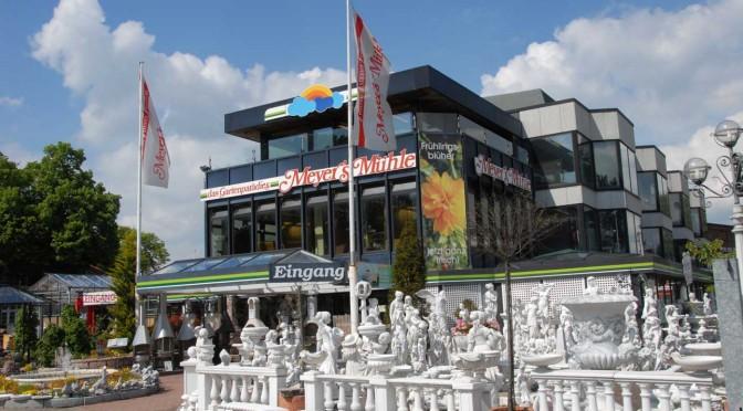 Das Gartencenter Meyers Mühle bietet eine riesige Auswahl moderner Grills.