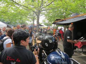Zuschauer auf der Deutschen Grillmeisterschaft 2015